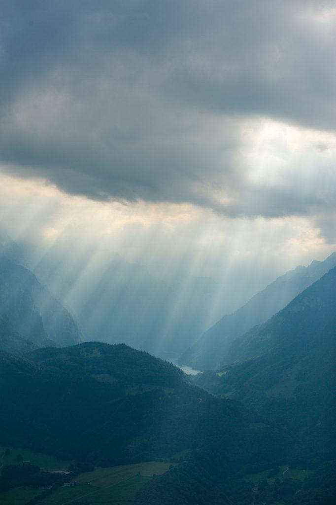 Glarus --> Skihütte --> Schilt ©Tobias Marti